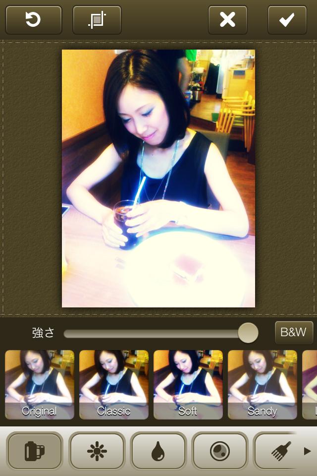 Latte camera×みさき:【iPhoneアプリ】一眼レフで撮影!?15の多彩フィルターで一味違う写真をつくる。【カメラアプリ】