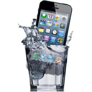 iPhoneが水没した際に対処しておきたいことまとめ