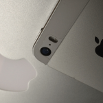 iPhoneのドックの背景色を変更する方法